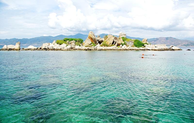 tour 4 đảo nha trang - dulichgiarenhatrang.com
